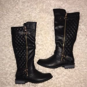 Shoes - Black Quilted Riding boots size 7